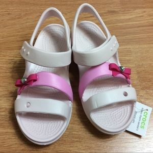 Crocs Keeley Charm Bow Sandal Sz C 13 Barely Pink